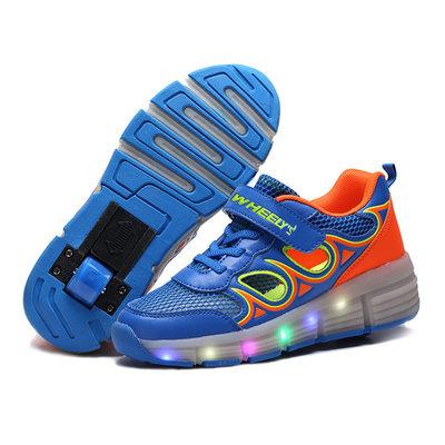 Kinderschoenen met wieltjes én ledverlichting blauw