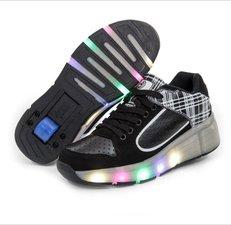 Maat 31: Wiel schoenen skate wit/zwart