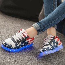 Maat 38: Schoenen USA zonder licht