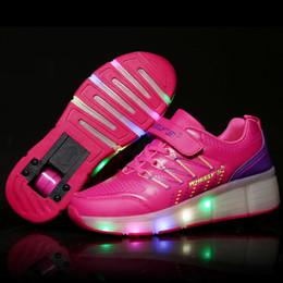 Verlichte schoenen met wieltjes roze