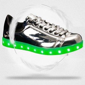 zilveren schoenen led